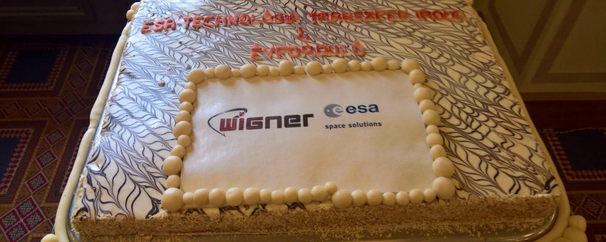 ESA_Transzfer_Iroda_elso_evford